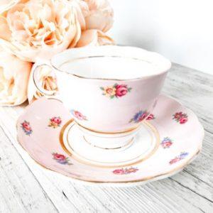 vintage teacup hire aubree