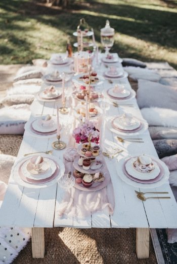 high tea table settings picnic set up